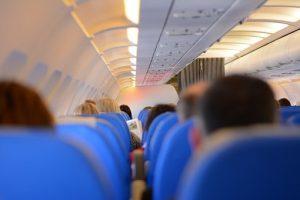 Viaja con vuelos baratos.